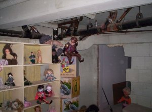 Doll Room - Creepy!!