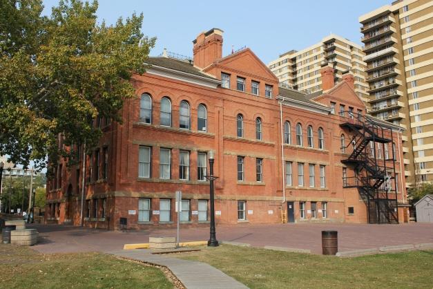 McKay_Avenue_School_(back).JPG